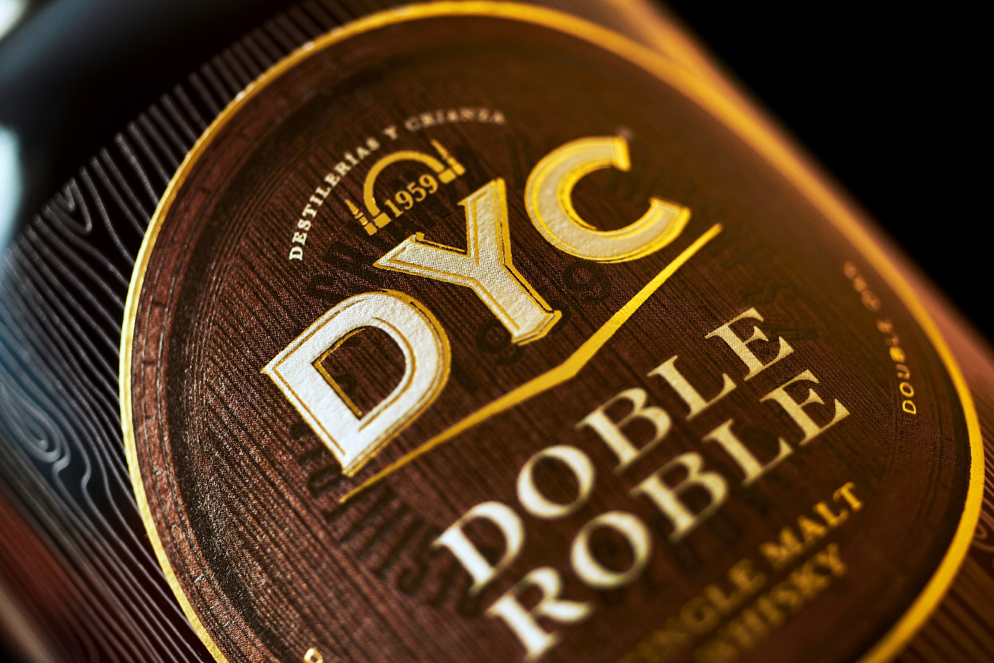 DYC Doble Roble Spanish Whiskey by Morillas Branding