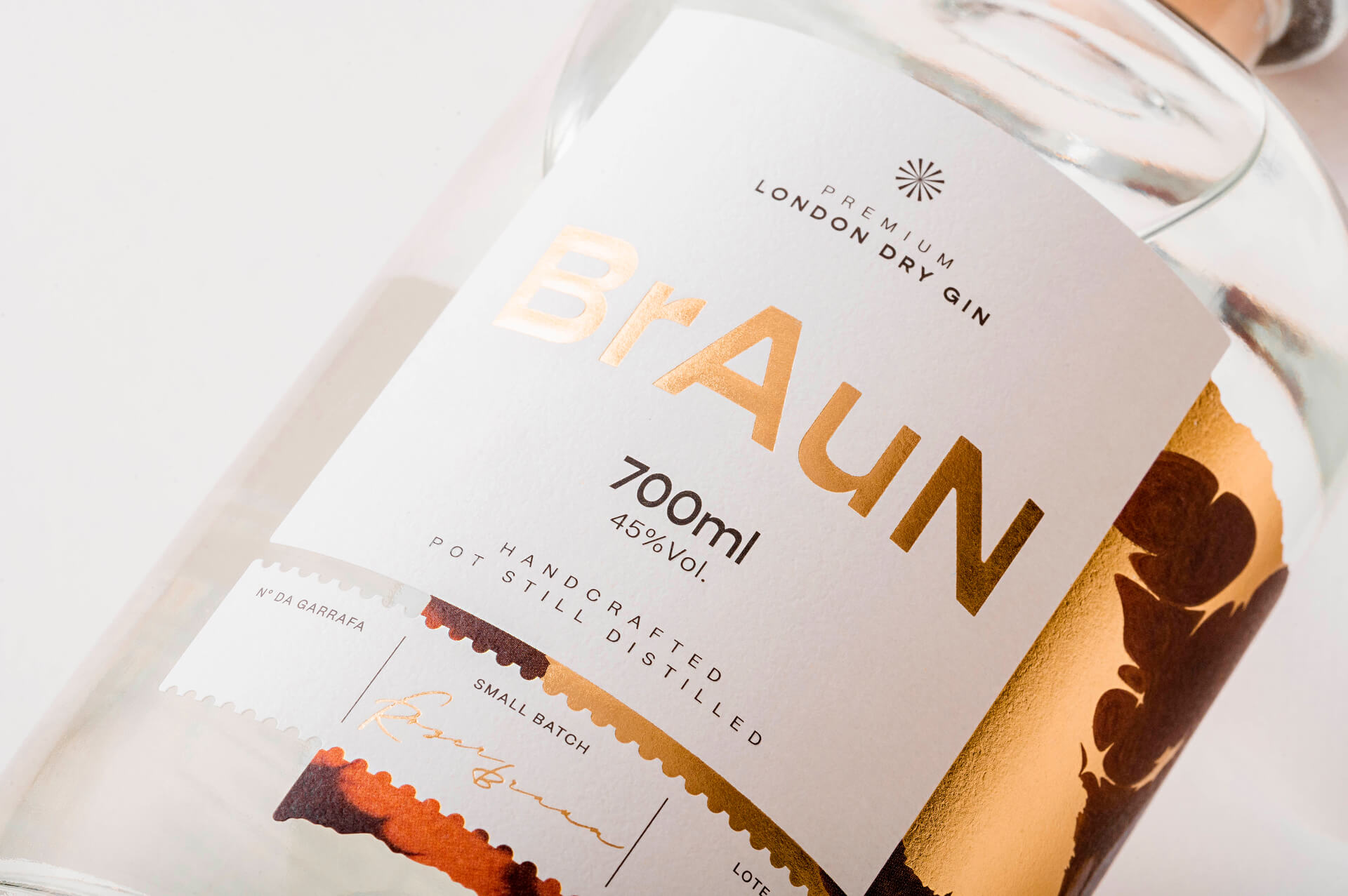 BrAuN Gin Packaging and Identity Created by Ismo Design
