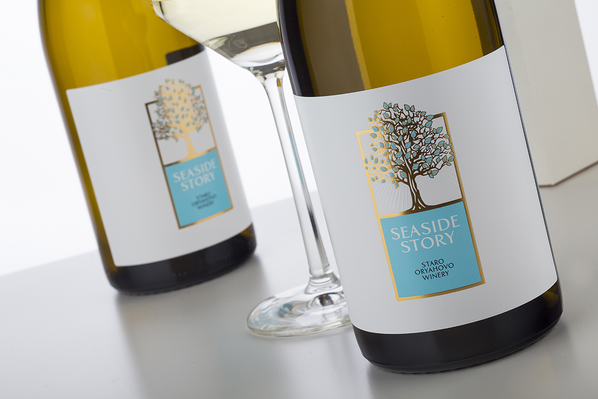 Seaside Story Wine Brand Creation by the Labelmaker