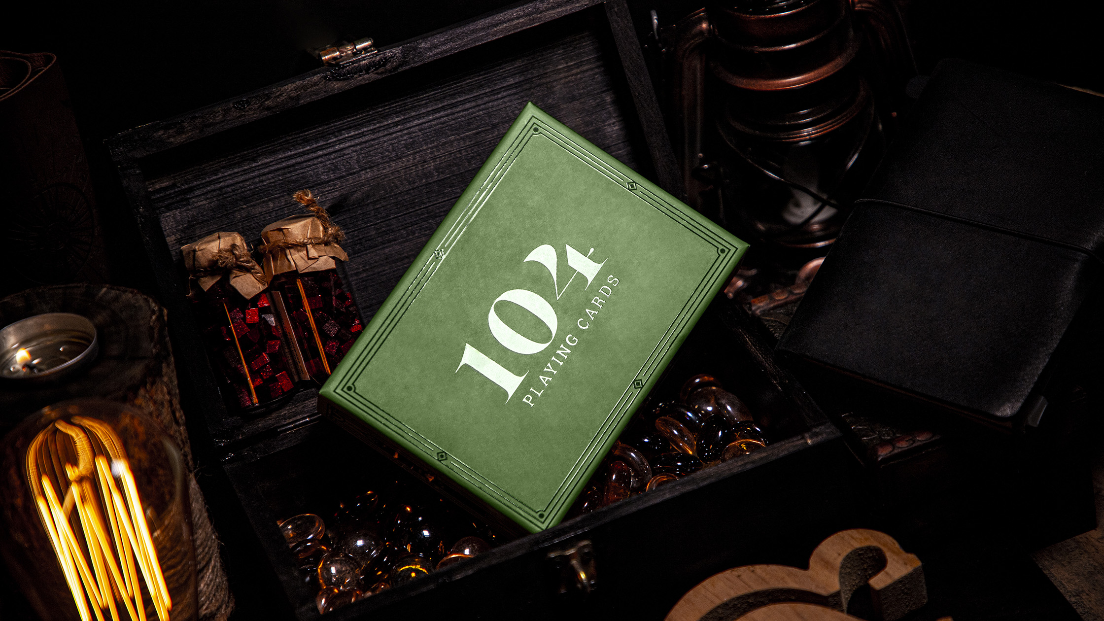 Tuyệt Duyệt Creates 104 Playing Cards Limited Edition for Cloever Co. & Game by Yanni Co.