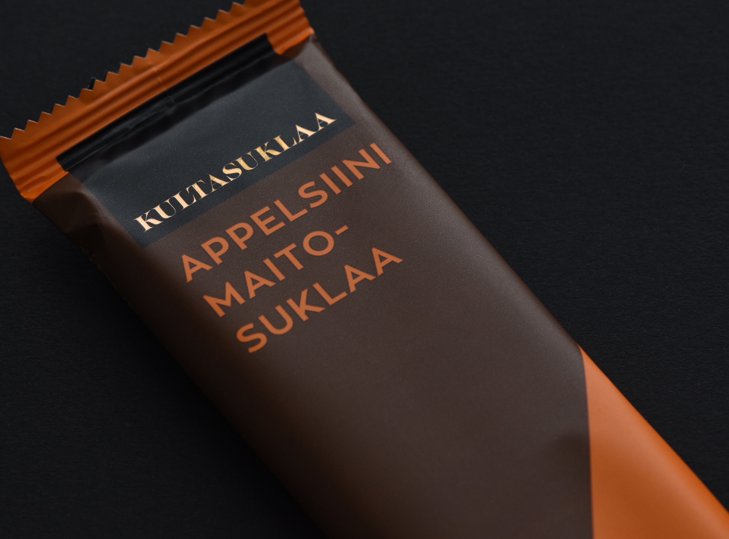 Graphic Simplicity for Finnish Chocolate Manufacturer