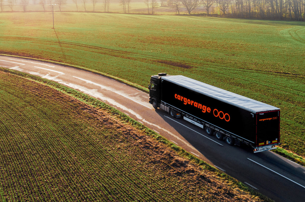 Branding of Cargorange the Specialists in Smart Worldwide Transports