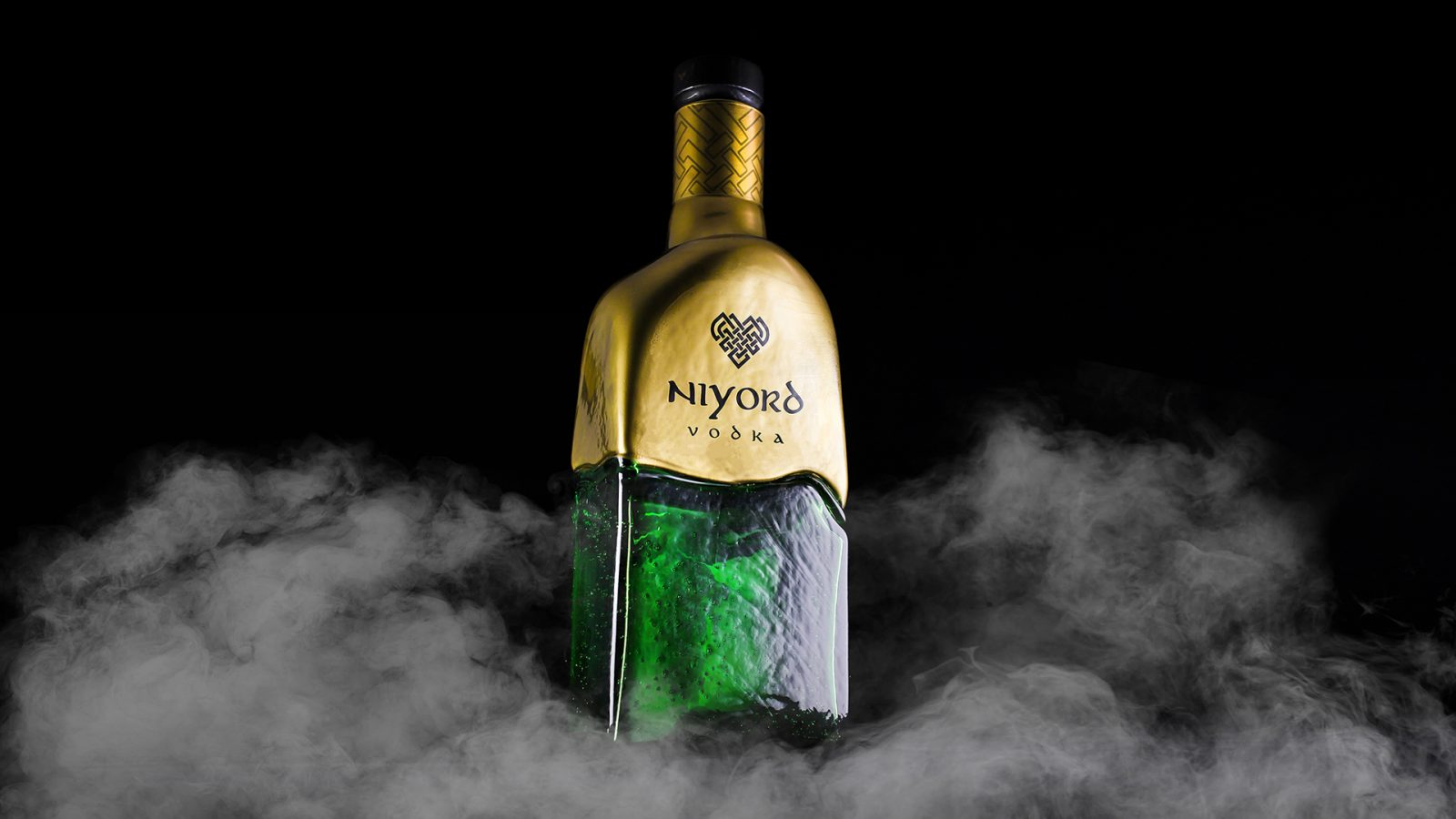 """Vodka """"Niyord"""" is a Graphic Reflection of the History of Viking Culture"""