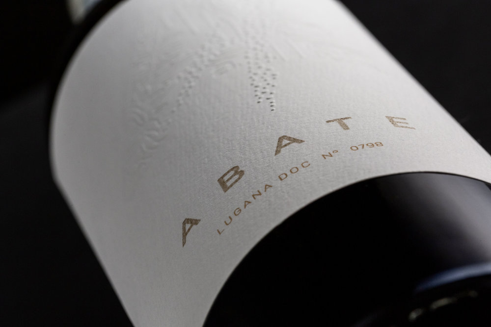Lugana Abate Wine
