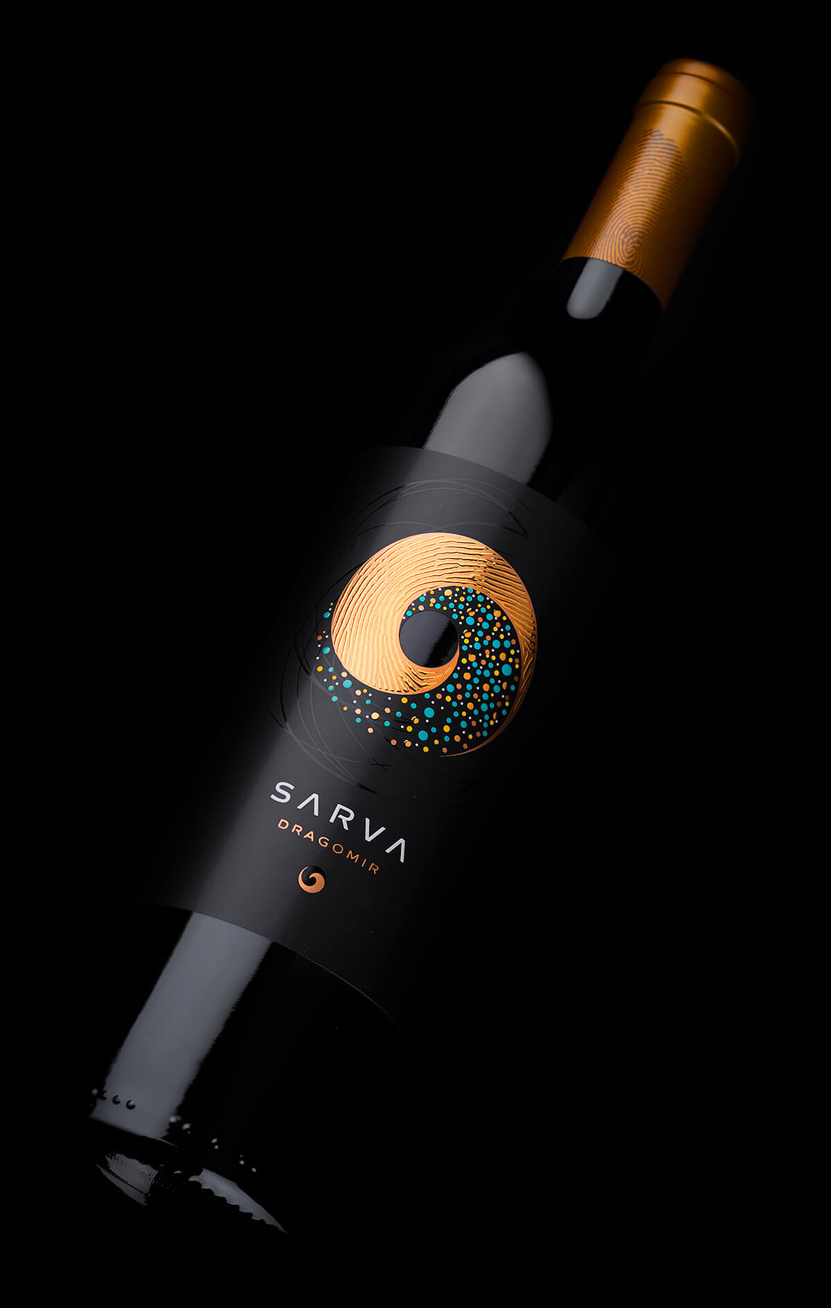 Life Philosophy Revealed in a Contemporary Wine Label Design