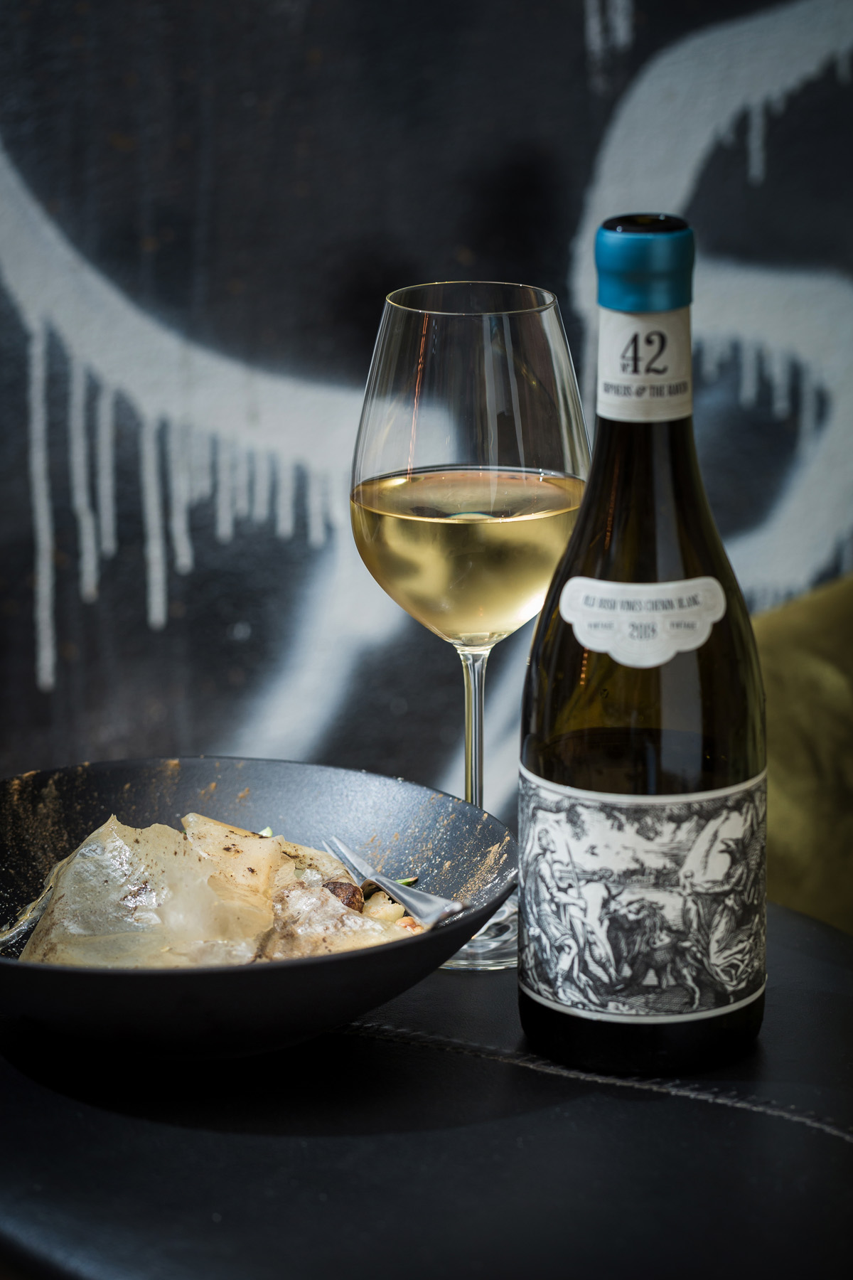 Orpheus & The Raven – The Expression of Art and Wine