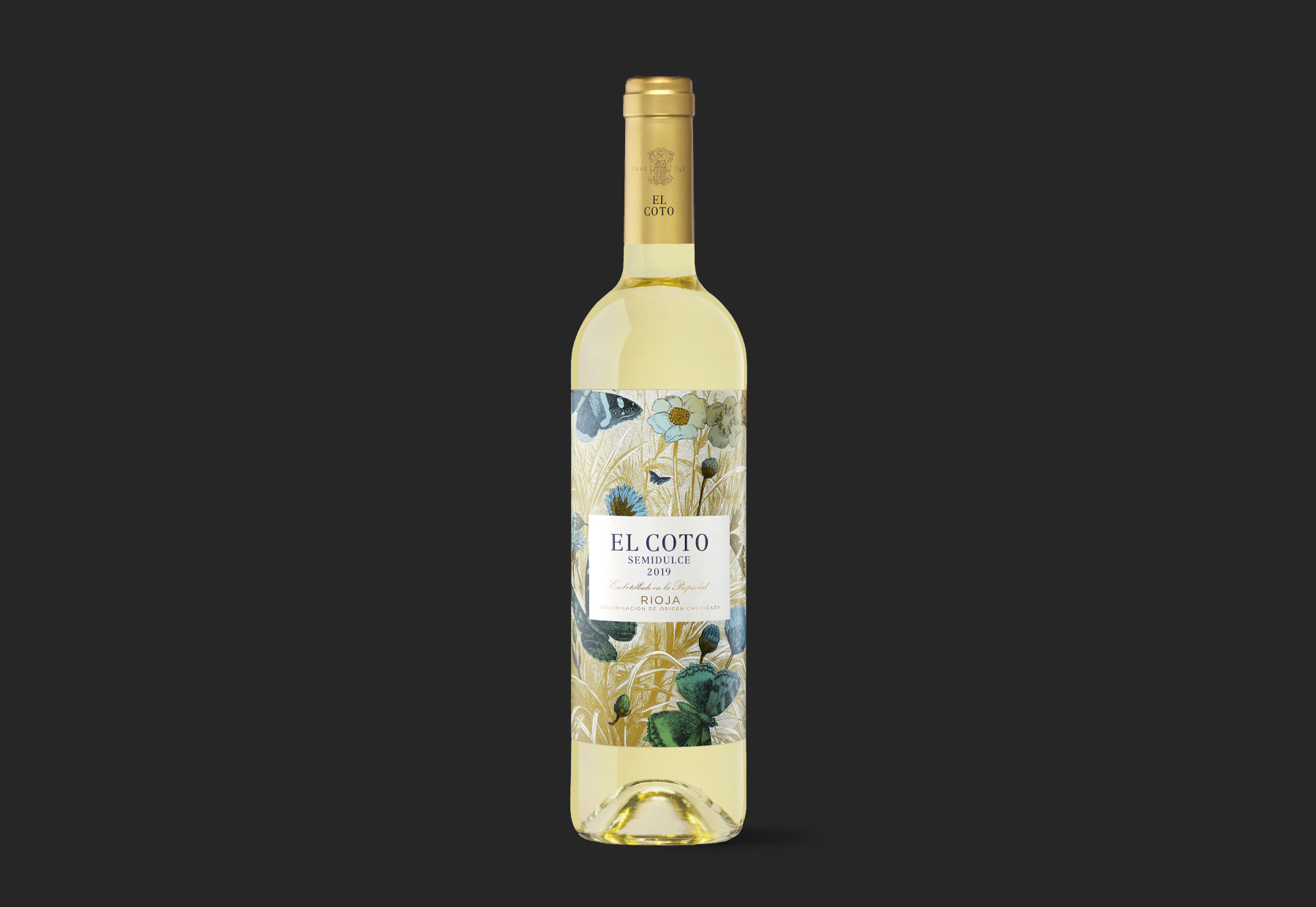 El Coto Semidulce Wine Packaging Design by Moruba