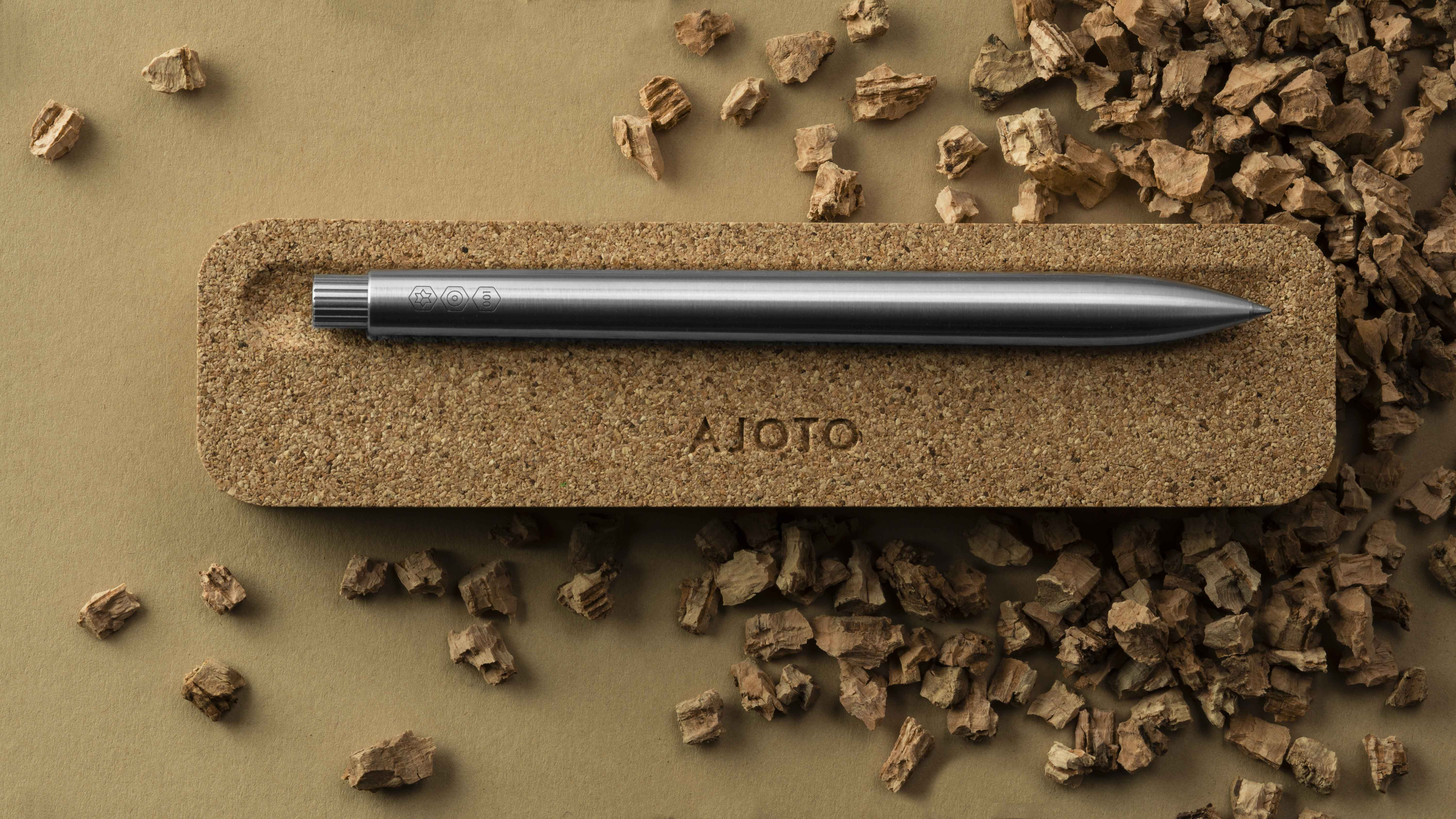 Ajoto In-House Design Team Create New Upgrade to Their Pen Packaging