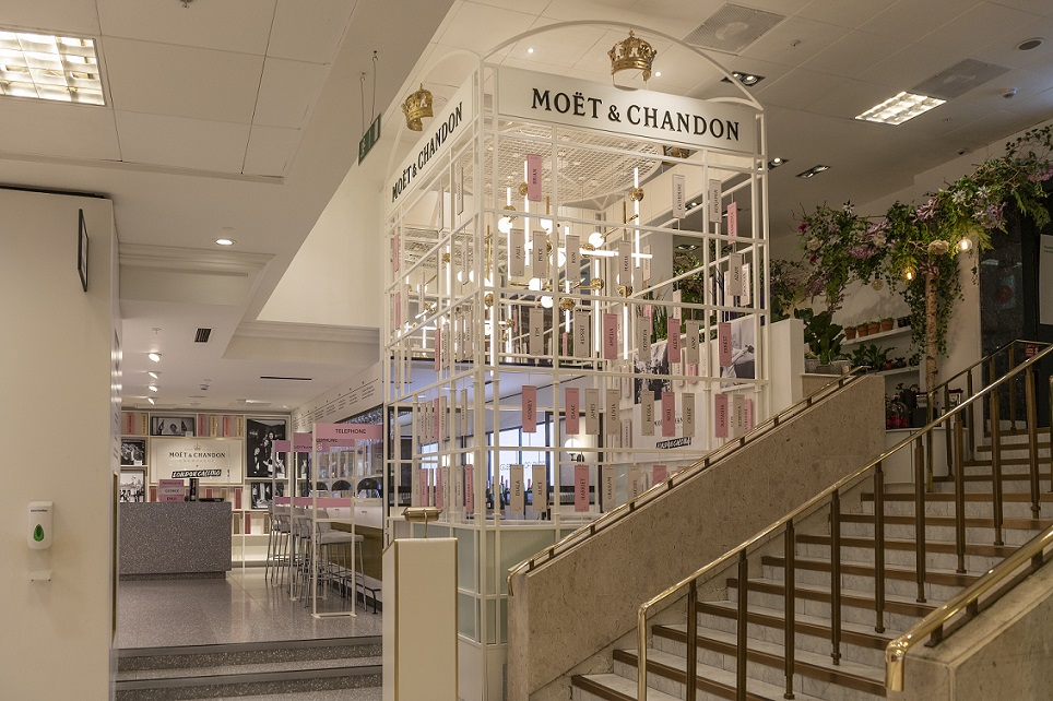 LOVE Reveals New Champagne Bar Experience for Moët & Chandon