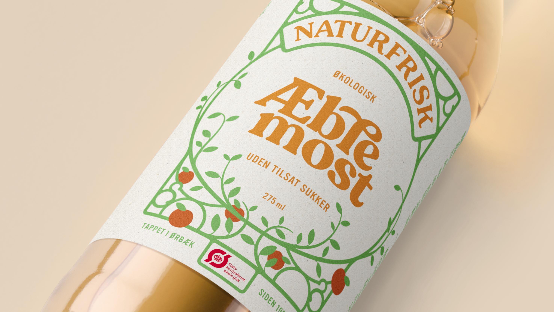 Everland Create Naturfrisk Juices Packaging Design Labels