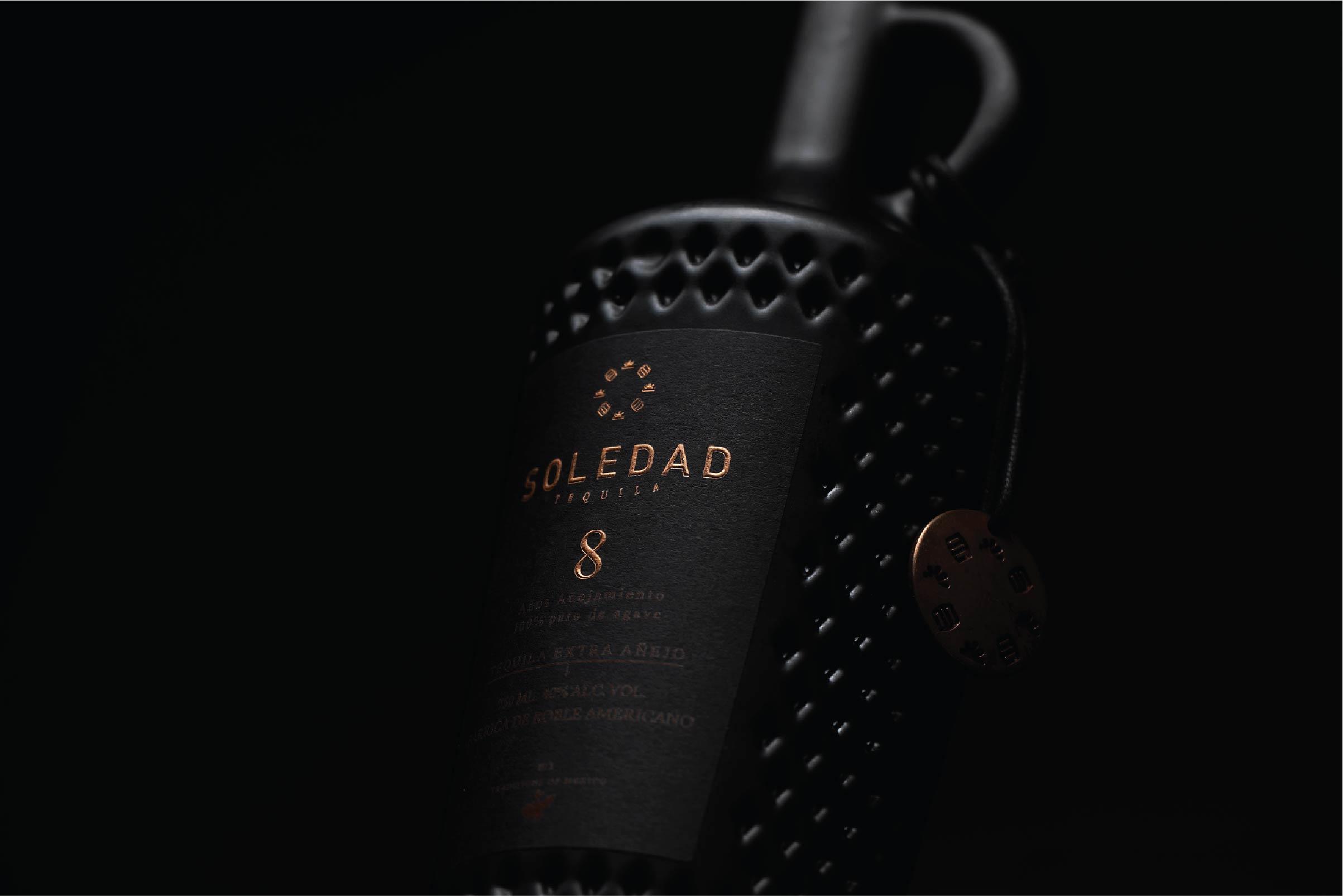 Hi! Estudio Design Branding and Packaging for Tequila Premium
