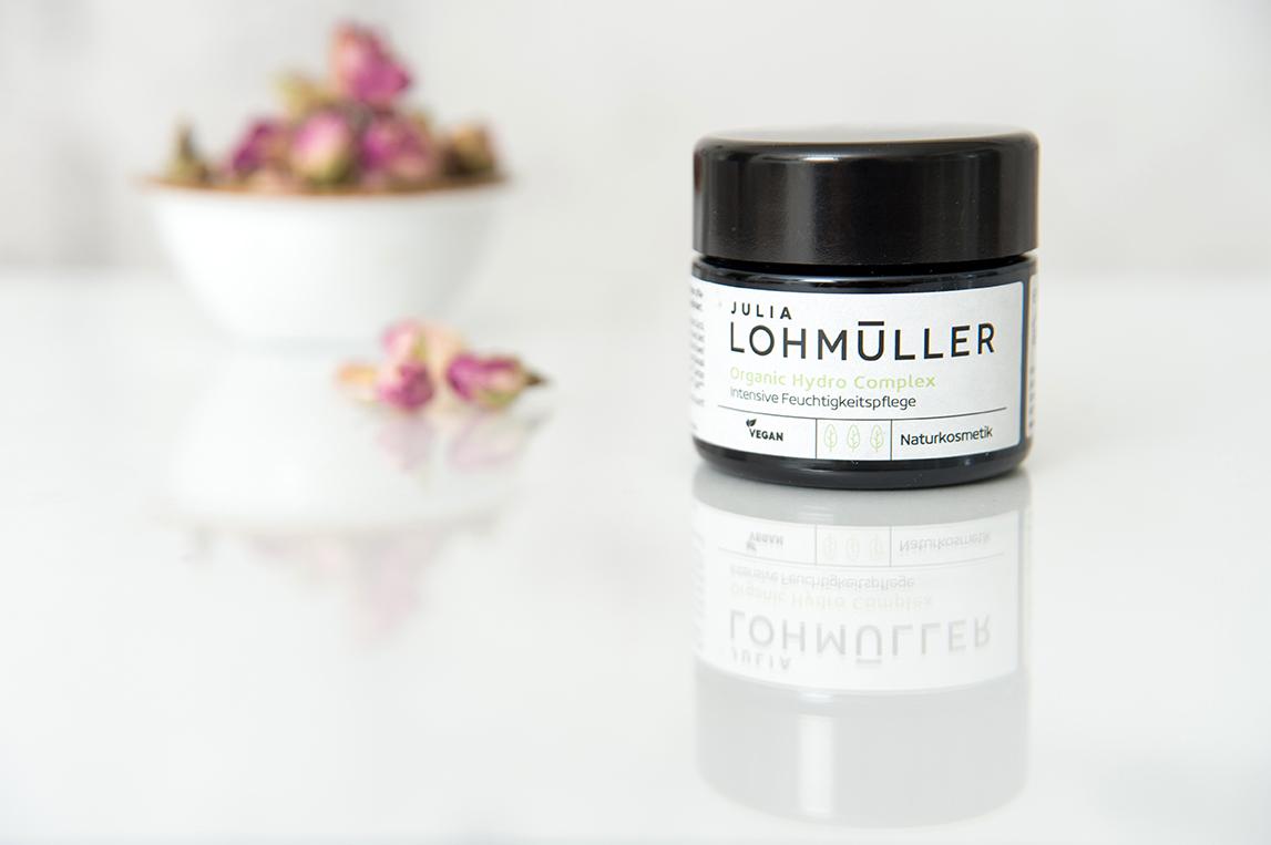 Julia Lohmüller Natural Skin Care by Baries Design